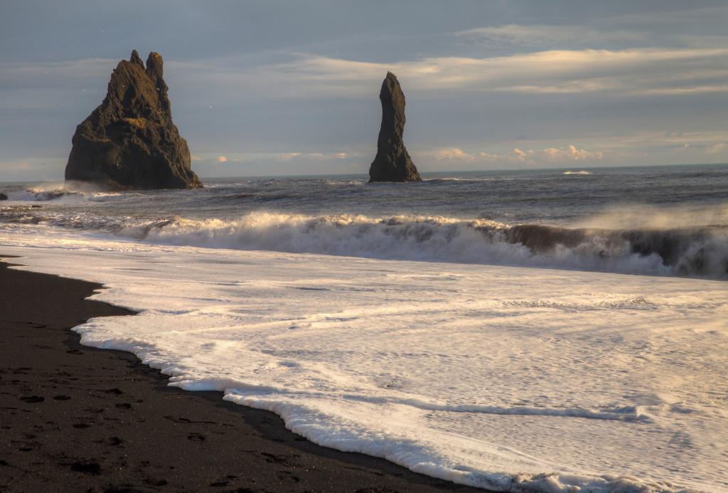 rock-formations-black-sand-beach-vik-iceland
