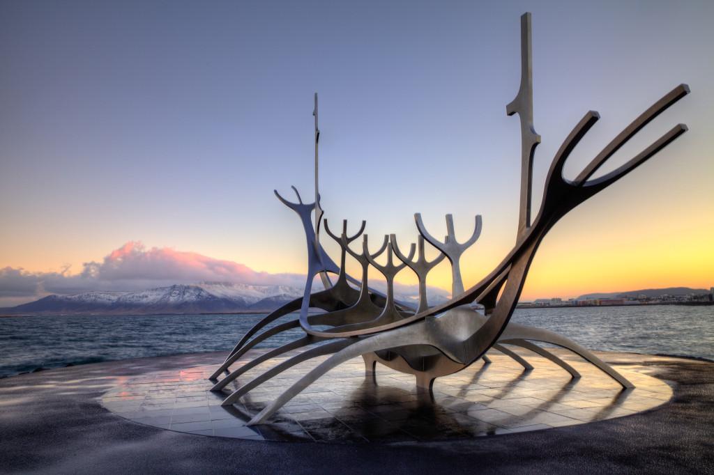 sun-voyager-sculpture-reykjavik-iceland